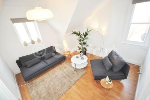 1 bedroom apartment to rent - Archway Road, London, N6