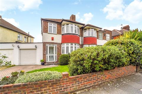 3 bedroom semi-detached house for sale - Harvey Road, Whitton, Hounslow, TW4