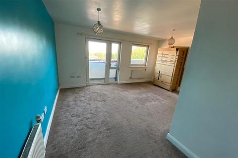 2 bedroom apartment - Spring Gardens, Romford, Essex