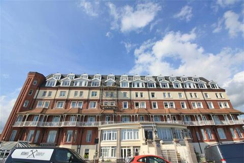 1 bedroom flat for sale - De La Warr Parade, BEXHILL-ON-SEA, East Sussex