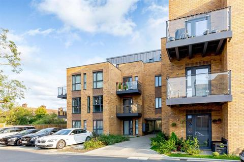 2 bedroom flat for sale - Dominion Court,  London Road, TW3