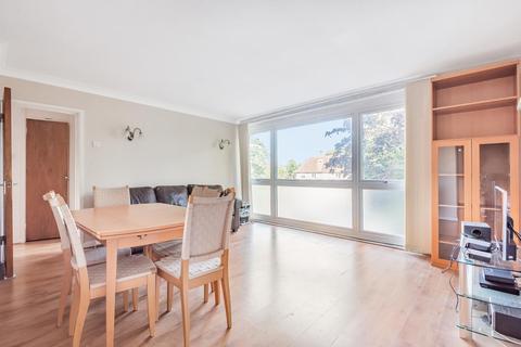 2 bedroom apartment to rent - Dormans Close, Northwood, HA6 2FX