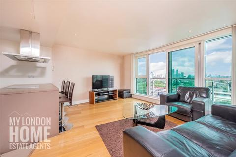 2 bedroom apartment for sale - Aquarius House, St George Wharf, Vauxhall, SW8