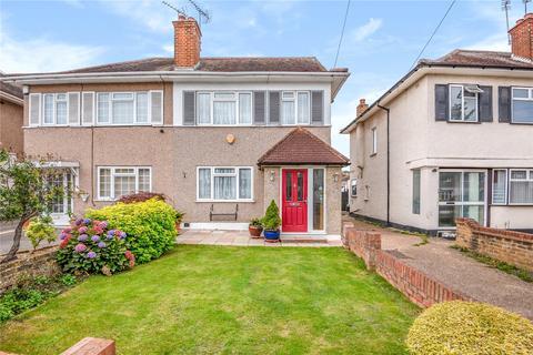 3 bedroom semi-detached house for sale - Park Lane, Hayes, Middlesex, UB4