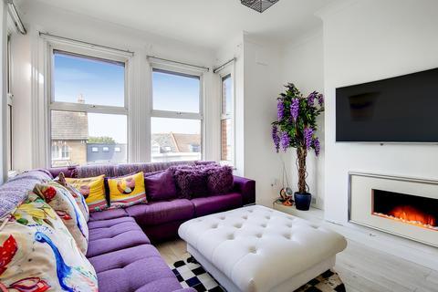 2 bedroom duplex for sale - Eglinton Hill SE18