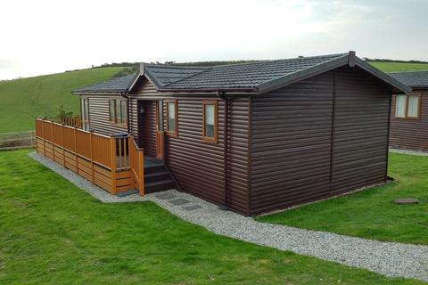 2 bedroom detached bungalow for sale - Whitsand Bay Fort, Millbrook