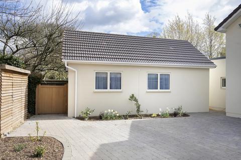1 bedroom detached bungalow to rent - Albert Drive, Cheltenham GL52 3JH