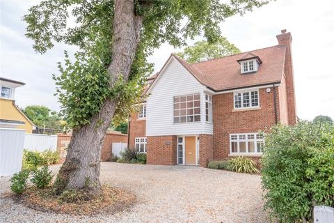 5 bedroom detached house for sale - Dutton House, Springhall Road, Sawbridgeworth, Hertfordshire, CM21
