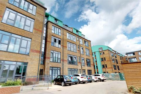 2 bedroom flat to rent - Jessop Court, Uxbridge, UB8