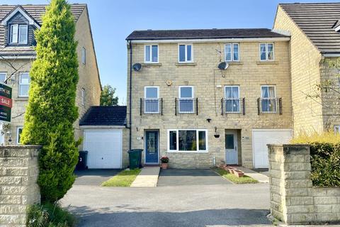 3 bedroom semi-detached house for sale - Winscar Avenue, Westwood Park, Bradford