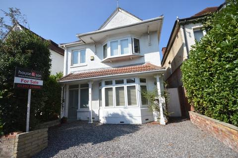 4 bedroom detached house for sale - Heathwood Road, Bournemouth
