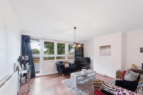 2 bedroom maisonette for sale - Fairfoot Road, Bow, E3
