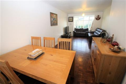 3 bedroom detached house to rent - Beverley Gardens, Maidenhead, Berkshire