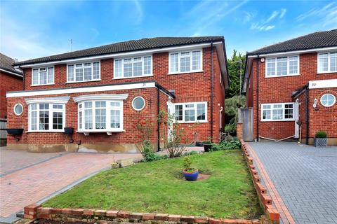 4 bedroom semi-detached house for sale - The Maltings, Hunton Bridge, Kings Langley, Hertfordshire, WD4