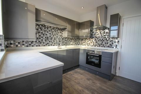 2 bedroom apartment to rent - Buxton Road, High Lane, Stockport, SK6