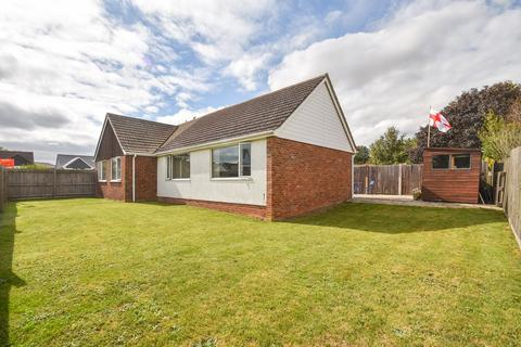5 bedroom detached bungalow for sale - Alison Crescent, Whitfield, Dover, CT16