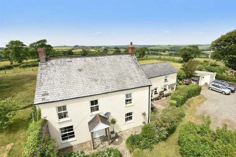 5 bedroom detached house for sale - Milton Damerel, Holsworthy