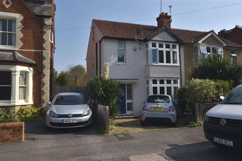 3 bedroom semi-detached house to rent - Matlock Road, Caversham Heights