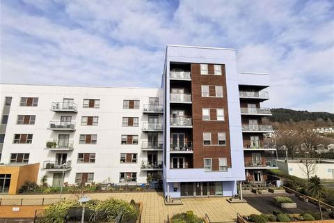 2 bedroom retirement property - Mariners Court Lamberts Road, Marina, Swansea