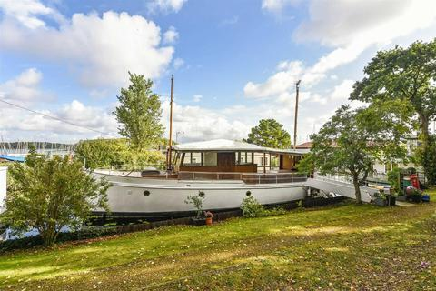 3 bedroom houseboat for sale - Chichester Marina, Chichester