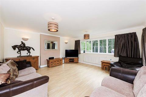 4 bedroom detached house for sale - Woodmansterne Street, Banstead, Surrey