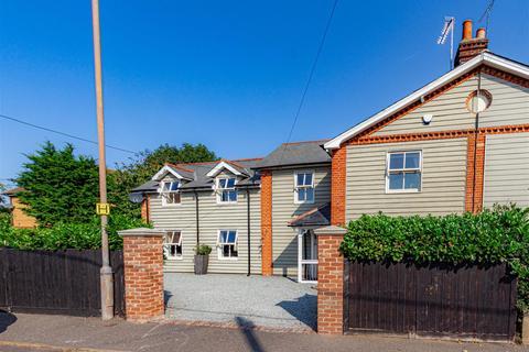 3 bedroom semi-detached house for sale - Burnham Road, Southminster