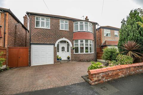 4 bedroom detached house for sale - Clough Avenue