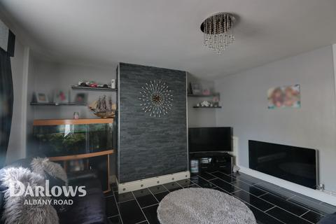 2 bedroom end of terrace house for sale - Madoc Road, Cardiff