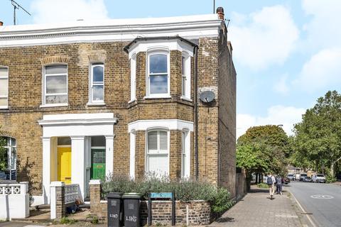 2 bedroom flat - Lind Street Deptford SE8