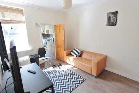 4 bedroom terraced house to rent - Clementson Road, Sheffield, S10 1GS