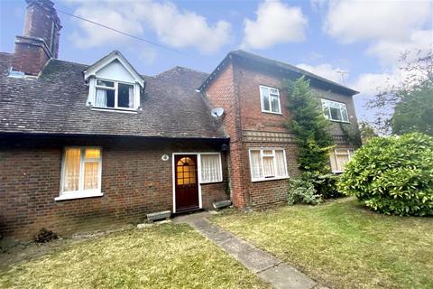 5 bedroom semi-detached house for sale - Cranbrook Road, Staplehurst, Tonbridge, Kent