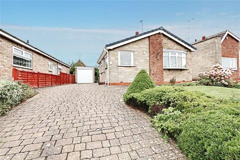 3 bedroom bungalow for sale - The Wolds, Cottingham, HU16