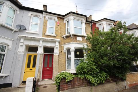 3 bedroom flat to rent - Orford Road, Walthamstow Village, E17