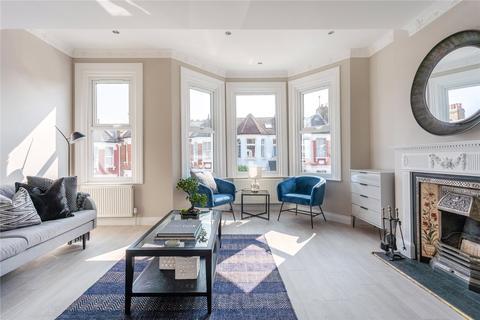 4 bedroom apartment for sale - Warham Road, Harringay, London, N4