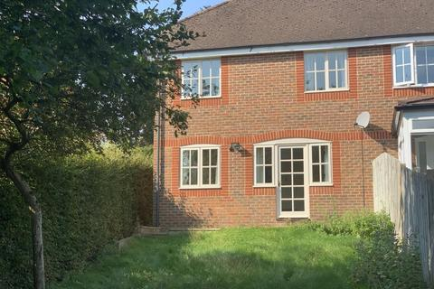 3 bedroom semi-detached house to rent - Newbury,  Berkshire,  RG14