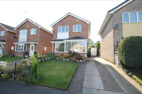 3 bedroom detached house - Batten Close, Stoke-on-trent, ST3