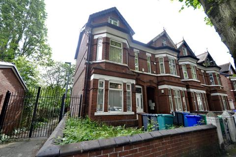 Studio to rent - Blair Road, Manchester, M16 8NS