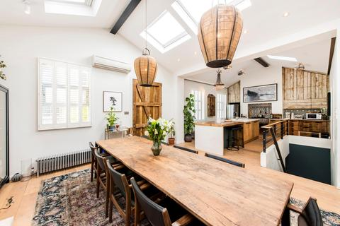 2 bedroom terraced house for sale - Junction Mews, London, W2