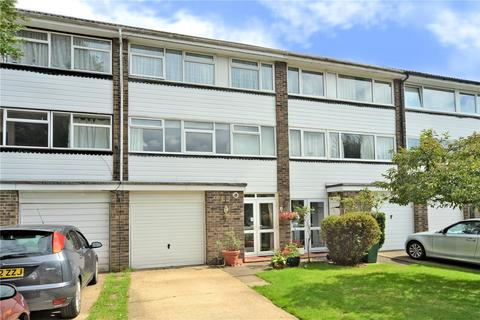 3 bedroom townhouse for sale - Wellesford Close, Banstead, Surrey, SM7