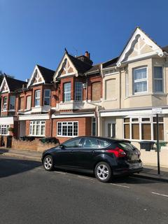 3 bedroom terraced house to rent - Tamworth Road, Hove BN3