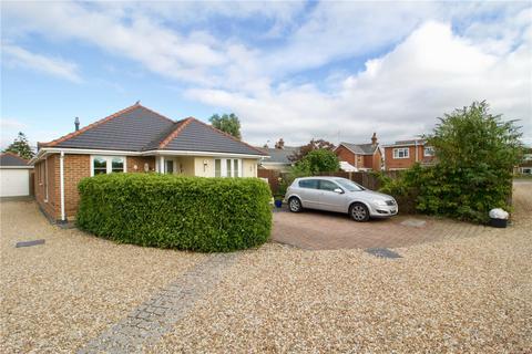 3 bedroom detached bungalow for sale - Hordle Mews, Ashley Lane, Hordle, Lymington, SO41