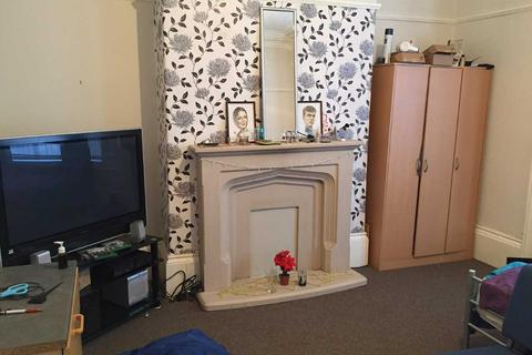 4 bedroom terraced house to rent - Croft Avenue, Sunderland SR4