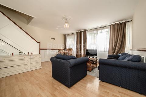 3 bedroom maisonette to rent - Sceaux Gardens, Camberwell