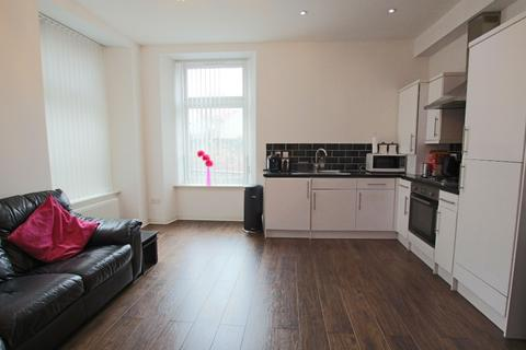 2 bedroom flat to rent - Gellatley Street, City Centre, Dundee, DD1 3DZ