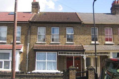 3 bedroom maisonette for sale - Marlow Road, Southall, UB2