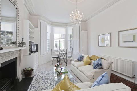 2 bedroom ground floor flat to rent - Cathcart Road, London. SW10