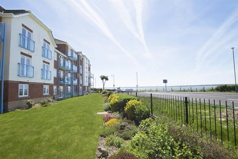 3 bedroom flat for sale - Ross House, 60 Marine Parade West, Lee-on-the-Solent, Hampshire