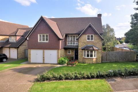 5 bedroom detached house for sale - Water Meadow Way, Wendover, Buckinghamshire