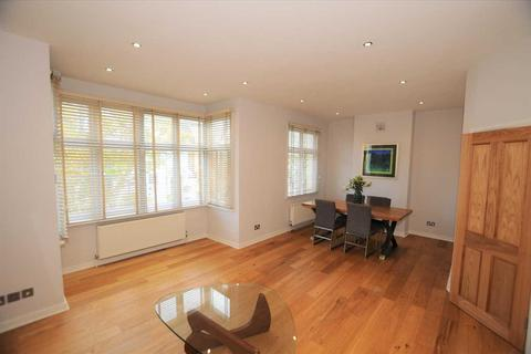 2 bedroom apartment for sale - Stilehall Gardens, Chiswick, London