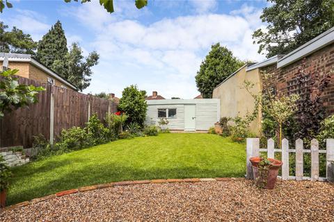 2 bedroom maisonette - St Marks Road, Bush Hill Park, EN1